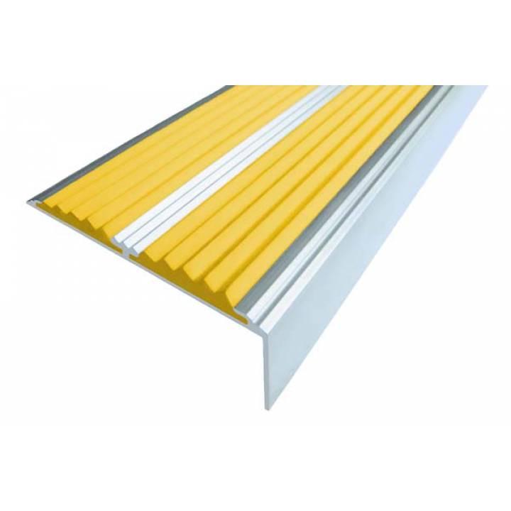 Алюминиевый угол с 2 вставками 68 мм желтый 1м